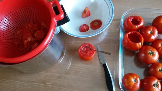 Tomates farcies évidement