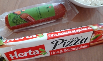 Pâte à pizza et chorizo
